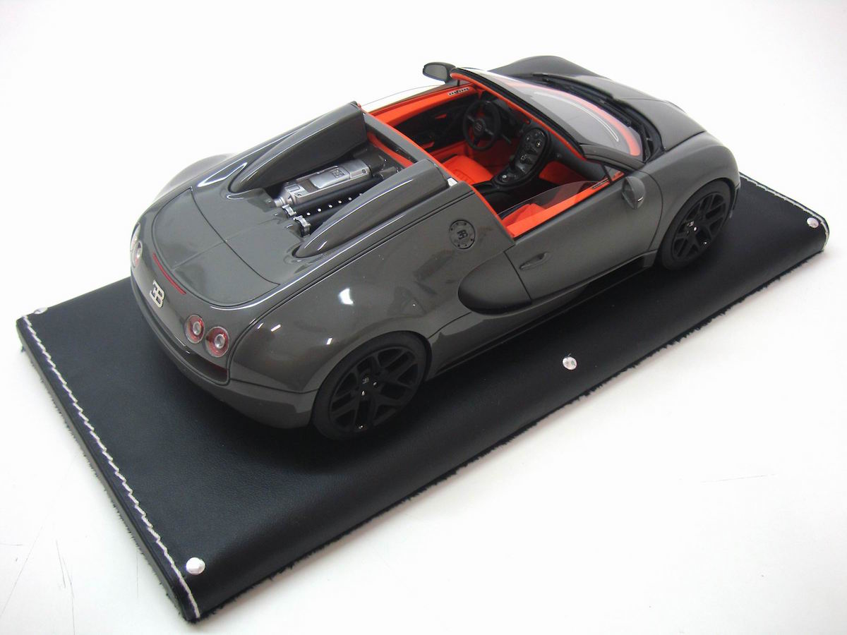 bugatti veyron 16 4 grand sport vitesse toy diecast. Black Bedroom Furniture Sets. Home Design Ideas