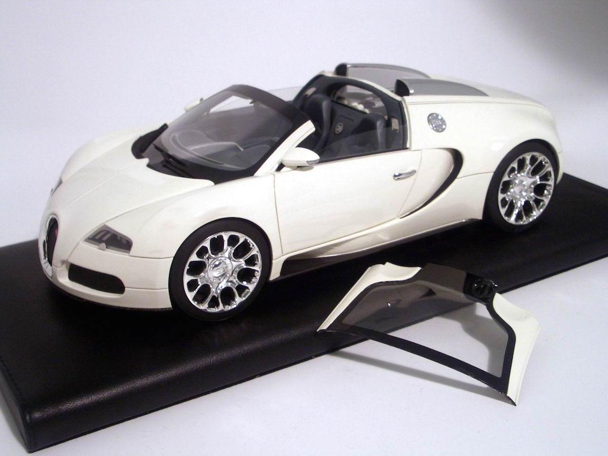 bugatti veyron 16 4 grand sport 1 18 mr collection models. Black Bedroom Furniture Sets. Home Design Ideas
