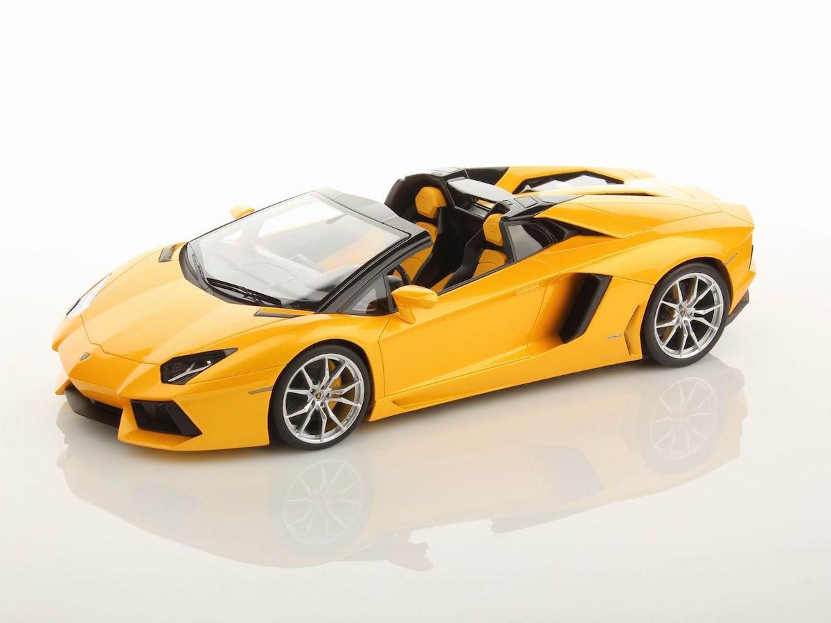 lamborghini aventador lp700 4 roadster 1 18 mr collection models. Black Bedroom Furniture Sets. Home Design Ideas