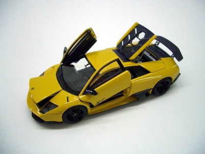 Lamborghini-murcielago-LP670-4-SuperVeloce_03