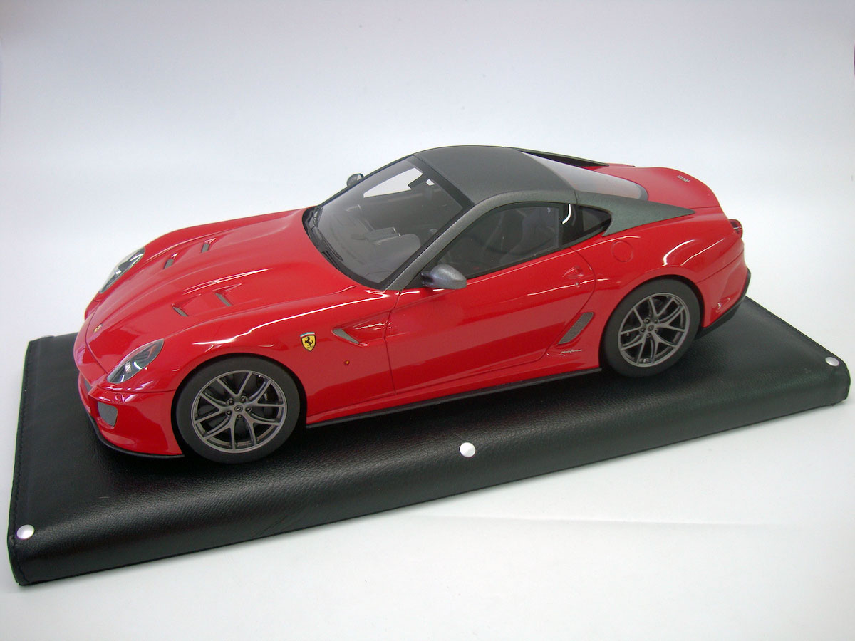 ferrari 599 gto 1 18 mr collection models. Black Bedroom Furniture Sets. Home Design Ideas