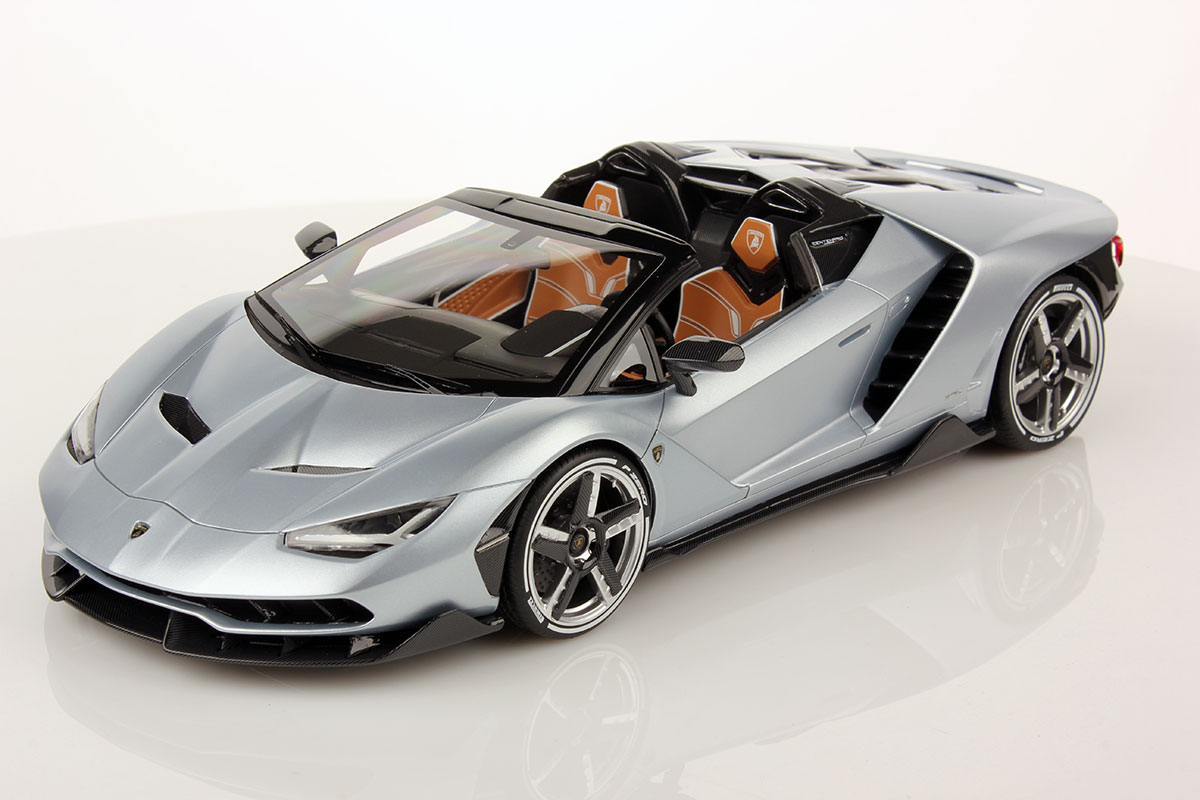 Carbon Fiber Wheels >> FIRST PICTURES OF LAMBORGHINI CENTENARIO ROADSTER 1:18 | MR Collection Models