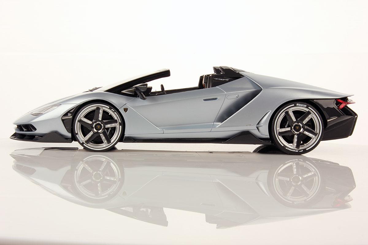 First Pictures Of Lamborghini Centenario Roadster 1 18