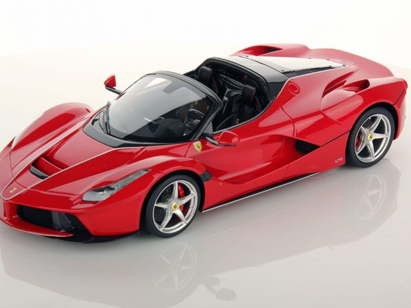ferrari-laferrari-aperta-red_01