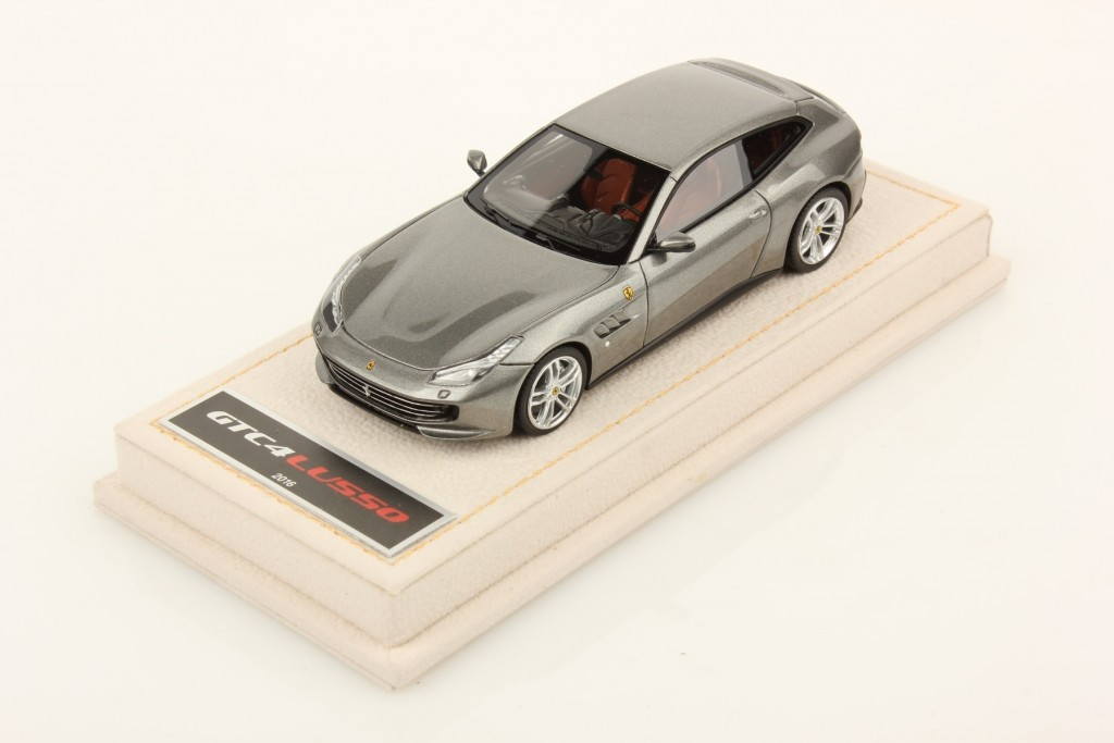 The model of the new Ferrari GTC4 Lusso in 1:43 scale by MR Collection Models.
